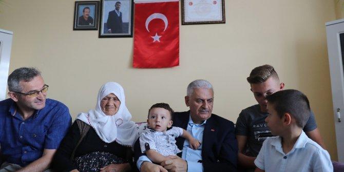 Başbakan Yıldırım'dan 15 Temmuz şehidi Samet Cantürk'ün ailesine taziye ziyareti