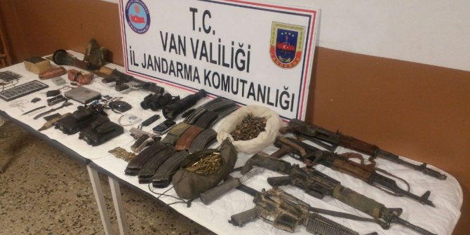 """TSK: """"Van ve Diyarbakır'da 5 terörist etkisiz hale getirildi"""""""