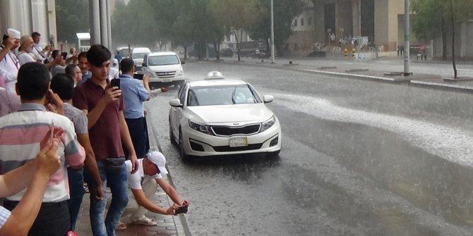Milyonlarca hacı adayına yağmur ve dolu şoku