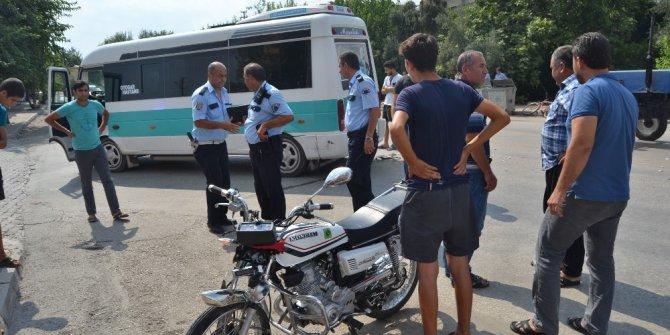 Kozan'da dolmuş ile motosiklet çarpıştı: 1 ölü