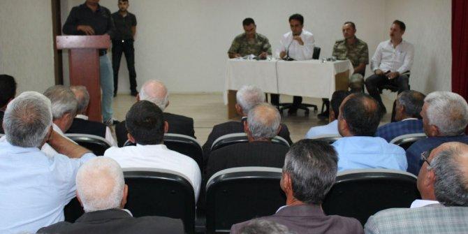 Çaldıran'da aylık istişare toplantısı yapıldı