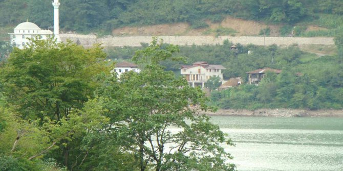 Artvin Borçka Karşıköy Köyü