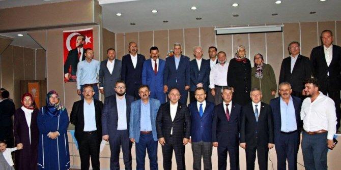 Araç'ta mevcut başkan Yüksel Özdemir, yeniden başkanlığa seçildi
