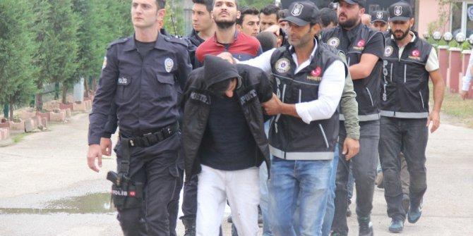 Kocaeli'de 12 kişi uyuşturucudan tutuklandı