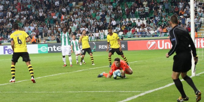 UEFA Avrupa Ligi: Atiker Konyaspor: 2 - Vitoria Guimaraes: 1 (Maç sonucu)