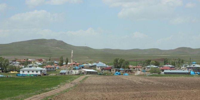 Altınyayla Taşlıhüyük Köyü