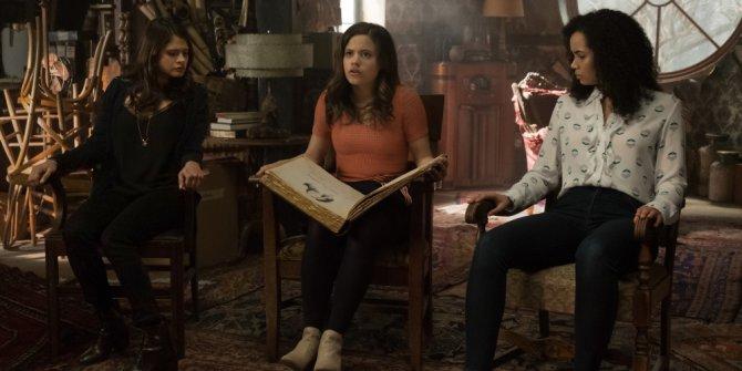 Charmed 2. Sezon 9. Bölüm Fragmanı İzle