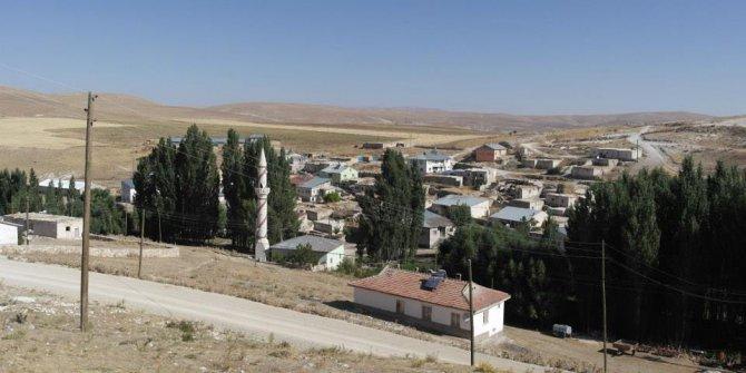 Gürün Kızılburun Köyü