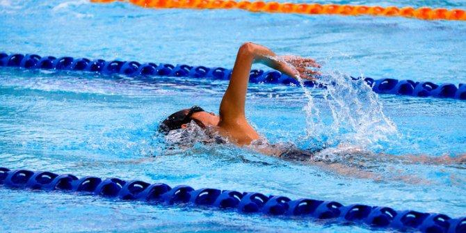 Antalyasporlu Yüzücüler İzmir'den Başarıyla Döndü