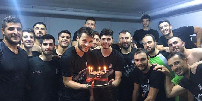 Beşiktaş'ta Sürpriz Doğumgünü Partisi