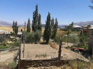 Adana Tufanbeyli Pekmezli Köyü
