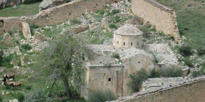 Tercan Üçpınar Köyü
