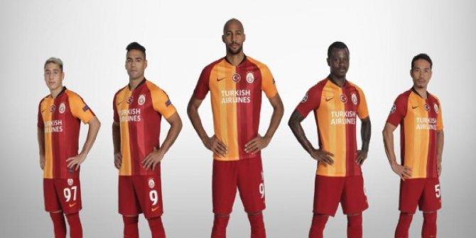 Gs Futbol Takımı Thy Logolu Formalarla Maça Çıkacak