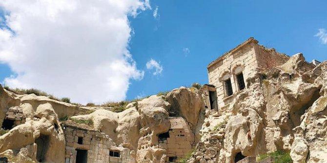 Nevşehir Çardak Köyü