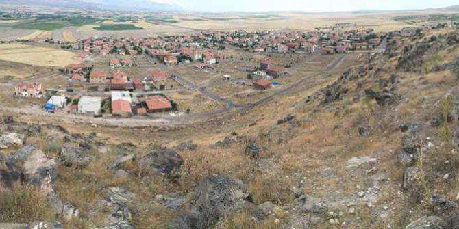 Altunhisar Akçaören Köyü