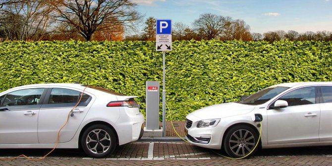 Volvo'nun İlk Elektrikli Arabası Tanıtıldı