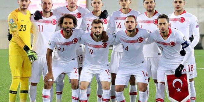A Milli Futbol Takımı Euro 2020'ye Galibiyetle Gidiyor