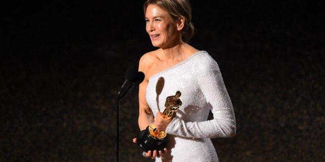 En İyi Kadın Oyuncu Ödülünü Kim Kazandı