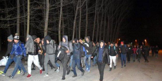 Türkiye mültecilere Avrupa kapılarını açtı!