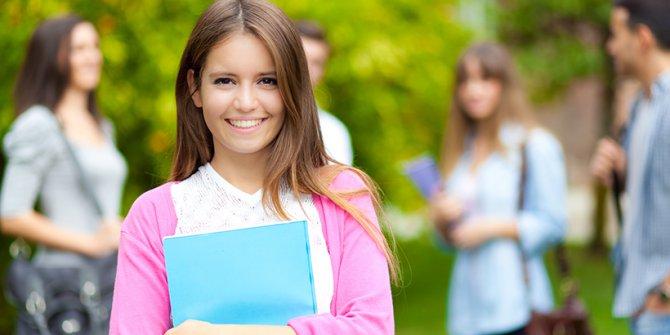 YÖK: Koronavirüs nedeniyle isteyen üniversite öğrencileri bahar dönemi kayıtlarını dondurabilecek
