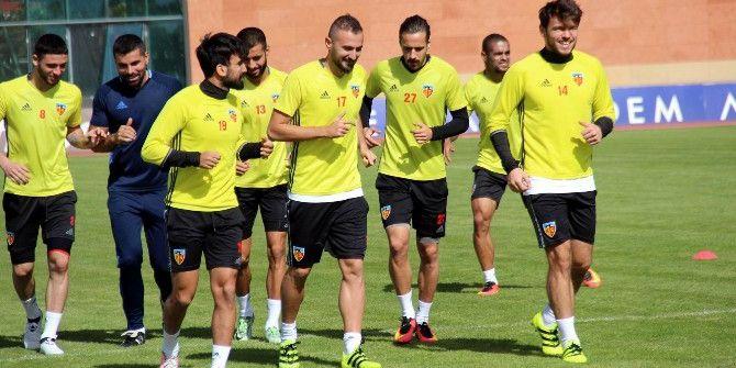 Kayserispor, Beşiktaş'a Bileniyor