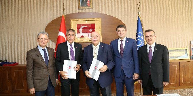 Kemerburgaz Üniversitesi İle İkitelli Osb Arasında İş Birliği Protokolü İmzalandı