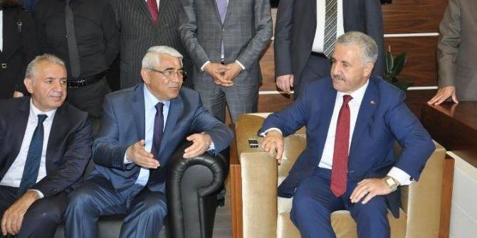 Ulaştırma Denizcilik Ve Haberleşme Bakanı Arslan'dan, Başkan Karaçanta'ya Ziyaret