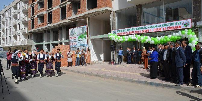 Iğdır'da 'Gençlik Yaşam Ve Kültür Evi' Açıldı