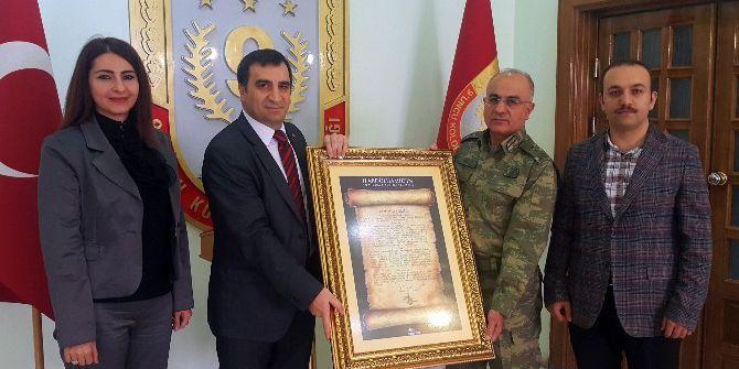 Şehirder'den 9. Kolordu Komutanı Tümgeneral Özoğlu'na Ziyaret