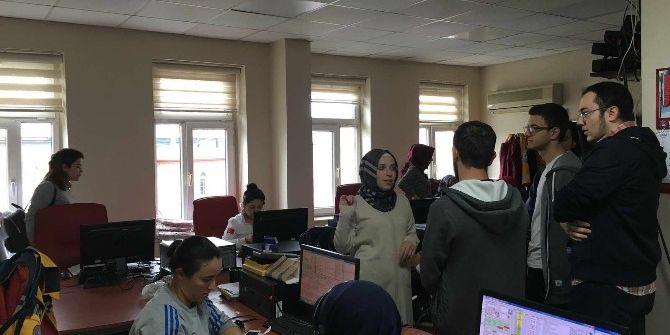 Öğrenciler 112 Komuta Kontrol Merkezi'ni Ziyaret Etti