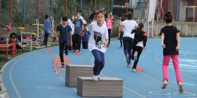 Yayla Ortaokulu Öğrencilerine Atletizm Seçmeleri Yaptı