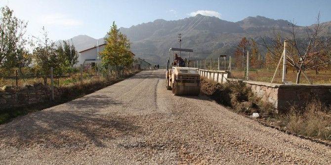 Seydişehir'de Soğuk Asfalt Çalışmaları Sürüyor