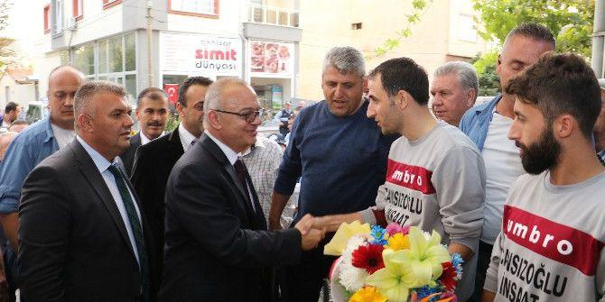 Başkan Ergün Balkan Göçmenlerinin Taleplerini Dinledi