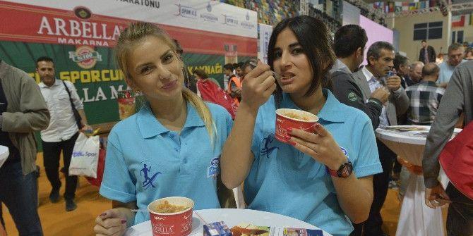 Arbella, 10 Farklı Şehirde 34 Bin Sporcuya Makarna Yedirdi