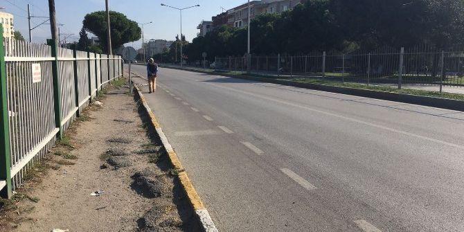 Yol Kenarında Yürürken Otobüsün Çarptığı Kadın Hayatını Kaybetti