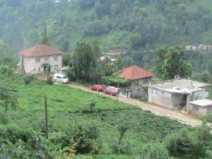Rize Akarsu Köyü