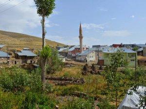 Erzurum Ağzıaçık Köyü