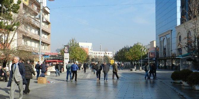 Türkiye İle Serbest Ticaret Anlaşması, 3 Yıldır Kosova'da Yürürlüğe Giremedi