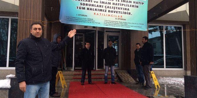 """""""Bitlis'te İmam Hatip Okulları Ve İmam Hatiplilerin Sorunları"""" Çalıştayı"""