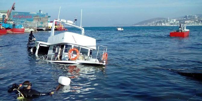 Kuşadası'nda Bakımı Yapılan Tekne Battı