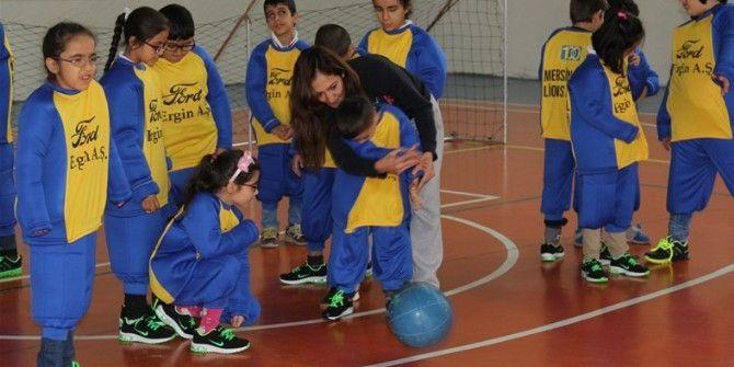 Görme Engelli Çocuklar 'Goalball' İle Tanıştı