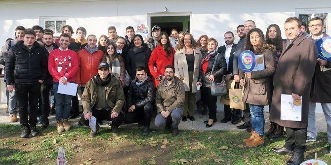 Turmepa Gönüllü Evi Dünya Gönüllüler Günü'nde Kapılarını Açtı