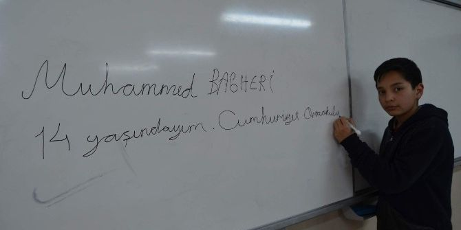 Ülkeleri Farklı Olsa Da Ortak Dilleri Türkçe