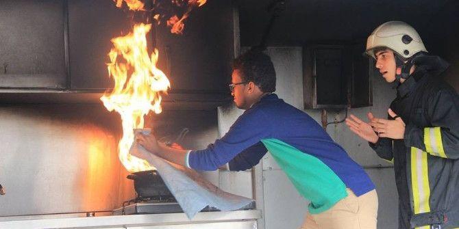 Öğrenciler Yangına Müdahale Etmeyi Öğrendi