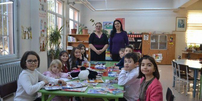 Kütüphanede 'Hikaye Ve Masal Günü' Etkinliği