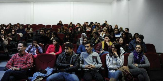 """""""Kariyer Planlama"""" Seminerleri Fen Edebiyat Fakültesi Bölümlerinde Devam Ediyor"""