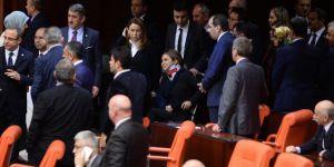 Anayasa Değişiklik Teklifinin 8. Maddesi 339 Oyla Kabul Edildi