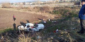 Ambulans İle Otomobil Çarpıştı: 4 Ölü, 2 Yaralı