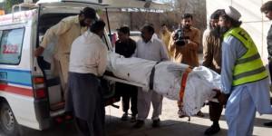 Pakistan'da Uçak Düştü: 2 Ölü