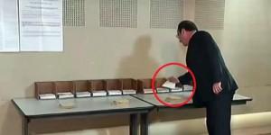 Hollande, Oy Kullanırken Kendi Partisinin Pusulasını Almaması Dikkat Çekti